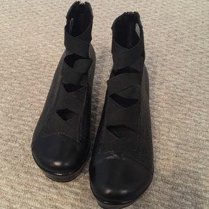 Shoes - Embossed Black Leather Platform/Wedge Booties